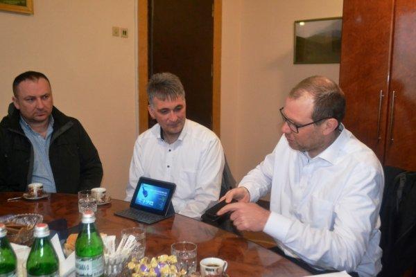 La compagnia tedesca progetta di costruire un impianto for Michael nicholas progetta mobili