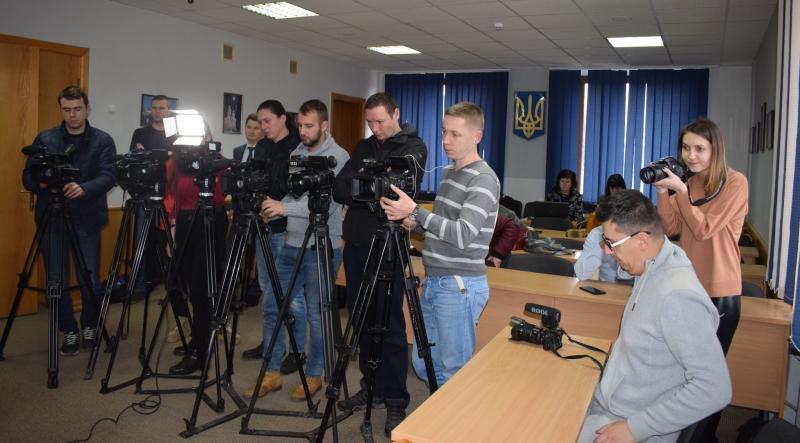 Суд зобов'язав міськраду Ужгорода зареєструвати Декларацію про початок будівельних робіт біля облмуздрамтеатру, фото-1