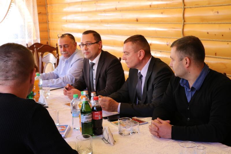 Митарі Закарпаття та Румунії бажають прискорити проходження митного кордону вантажівками...