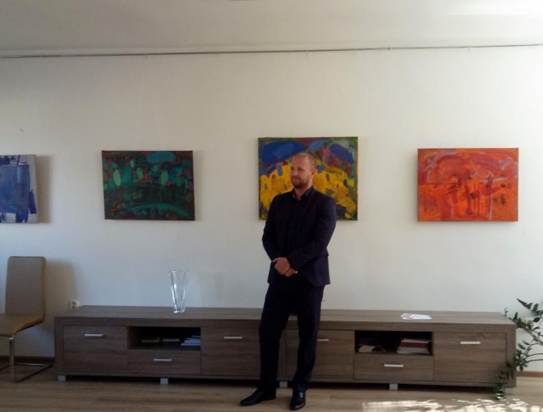 Закарпатець представив виставку в приміщенні генконсульства Словацької Республіки в Ужгороді, фото-3
