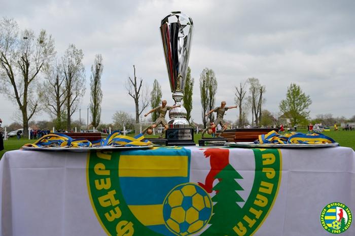 Дві найкращі футбольні команди Закарпаття зустрінуться на вихідних
