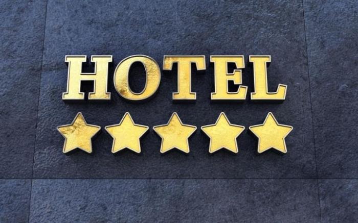Із 229 закарпатських готелів «зірки» мають тільки… три