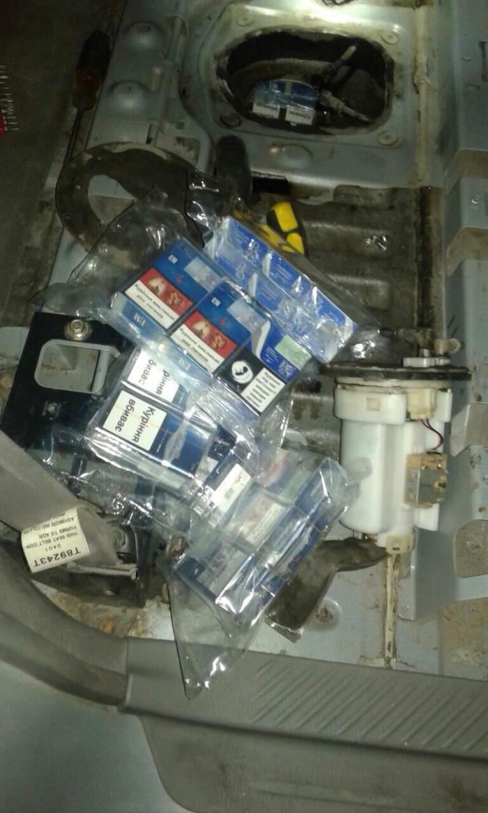 Чи варта шкірка вичинки - вантажівку за цигарки втратив контрабандист на Закарпатському кордоні