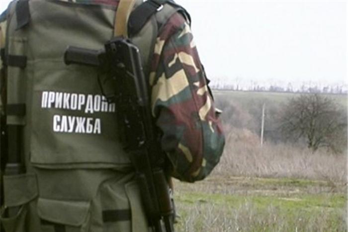 Пару іноземців без документів затримали прикордонники у Виноградові