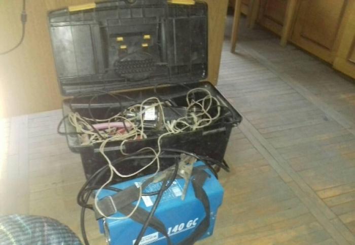 На Виноградівщині крадії поцупили електроінструментів на 10 тис.грн