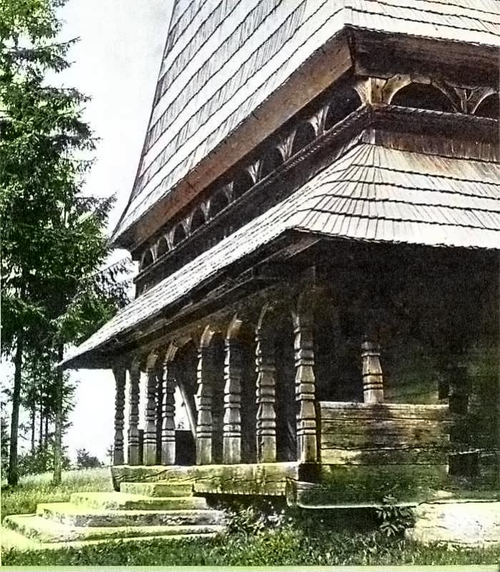 Крізь дим і полум'я: історія майданської дерев'яної церкви