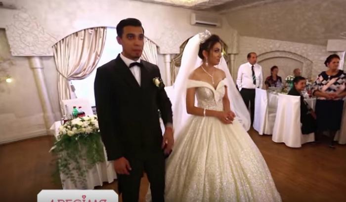 096fb53f409a4f Весілля ромів із Ужгорода підкорює мережу: наречені взяли участь у відомому  українському телепроекті (ВІДЕО)