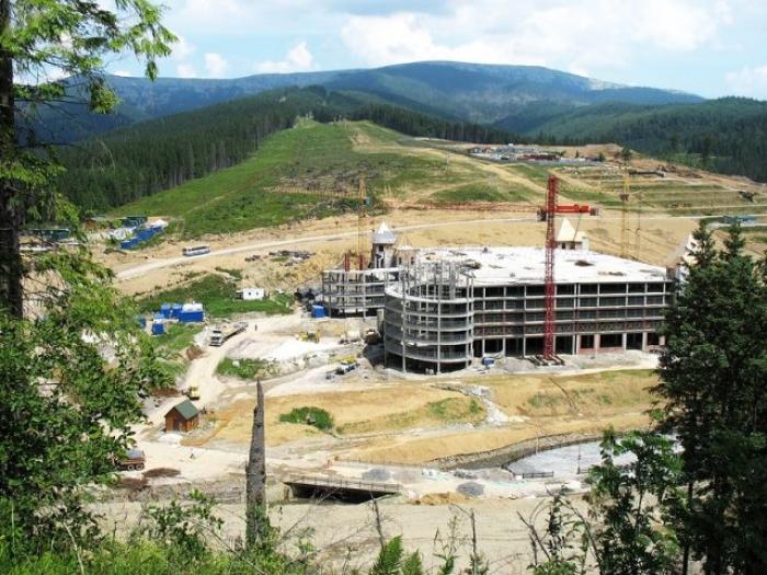 Карпати в небезпеці — через будівництво мега-курорта на Свидовці