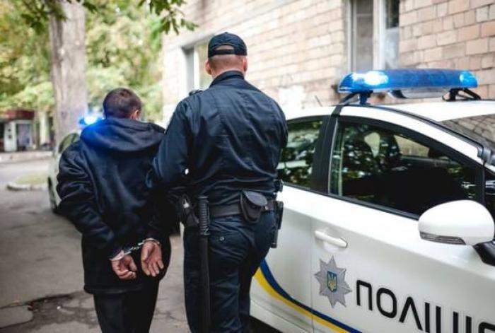 У трьох районах Закарпаття правоохоронці затримали п'ятьох підозрюваних у скоєнні крадіжок