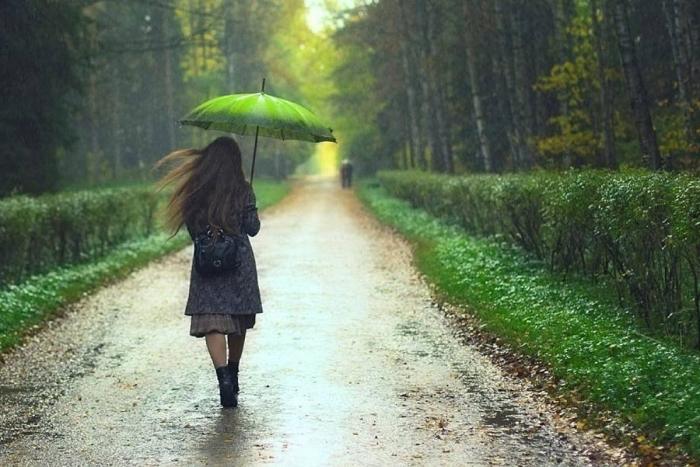 Синоптики радять закарпатцям завтра не розлучатися з парасолькою