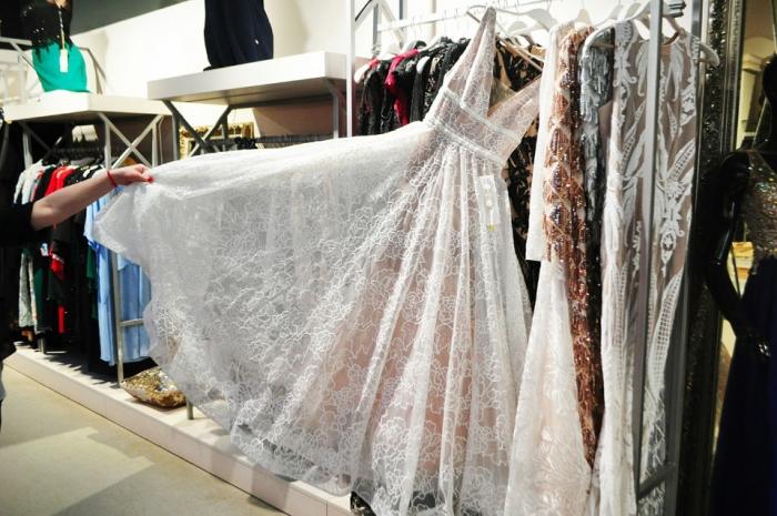 Випускний по-закарпатськи – 2018  яку сукню обрати da1b284b2b8c8