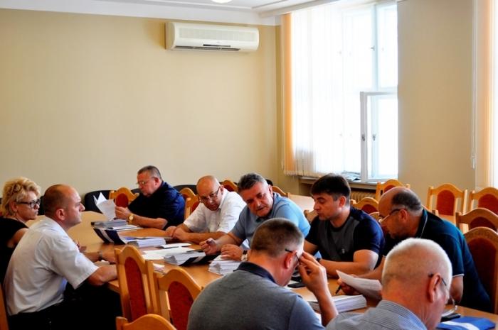 Крайові депутати готуються до одинадцятої сесії Закарпатської облради