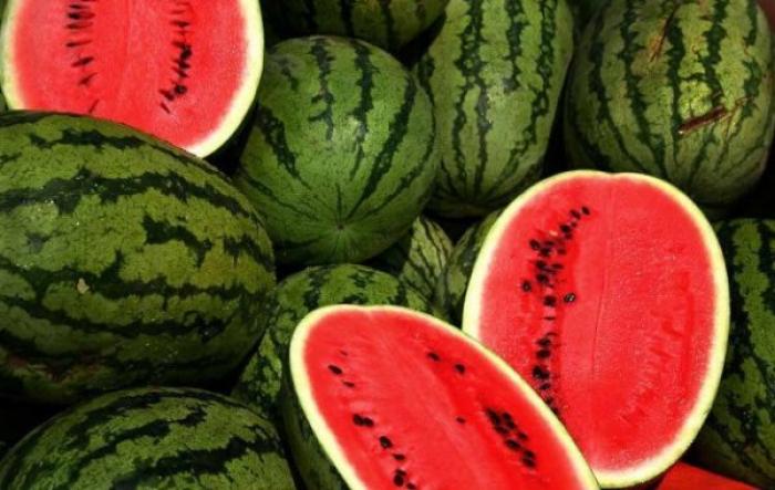 Як правильно посмакувати найбільшою на Закарпатті ягодою