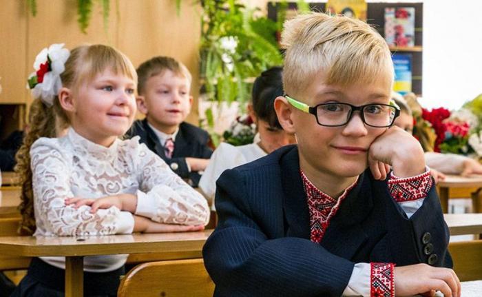 Більше 18 500 маленьких закарпатців цьогоріч очікують на зарахування до перших класів