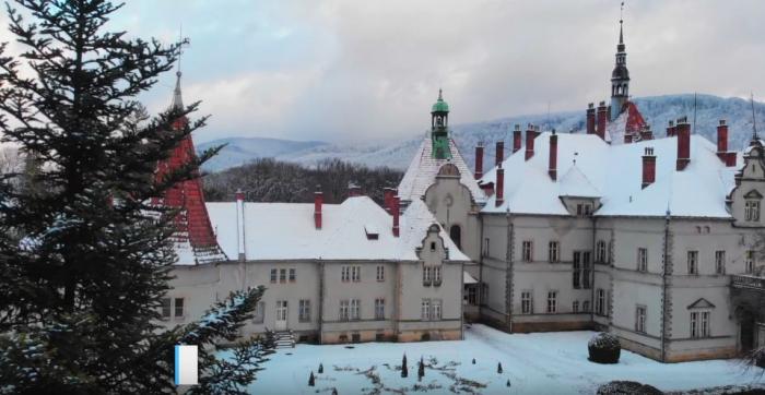 Відео дня: закарпатські палац Шенборнів та замок Паланок показали з квадрокоптера (ВІДЕО)